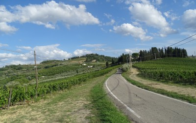 The road to Podere Ghiole